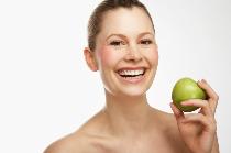 Apfel, fest zubeißen